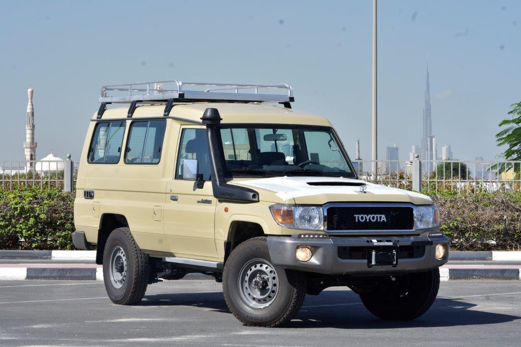 2022 MODEL TOYOTA LAND CRUISER 78  LONG WHEEL BASE HARD TOP SPECIAL V8 4.5L TURBO DIESEL 9 SEAT 4WD MANUAL TRANSMISSION WAGON